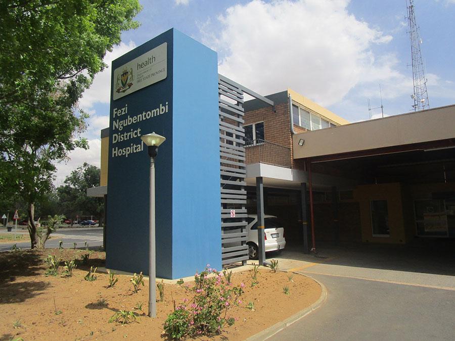 Fezi-Ngubentombi-Hospital-Gallery-4